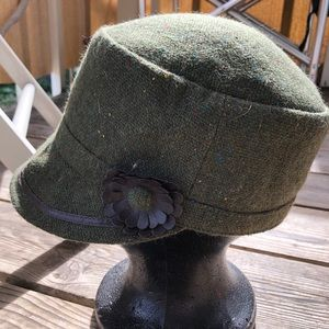 Green Poly Wool Hat with Leather Flower